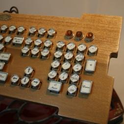 Custom Wooden Keyboard Blocky